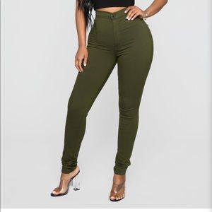 Fashion nova jeans 🦋